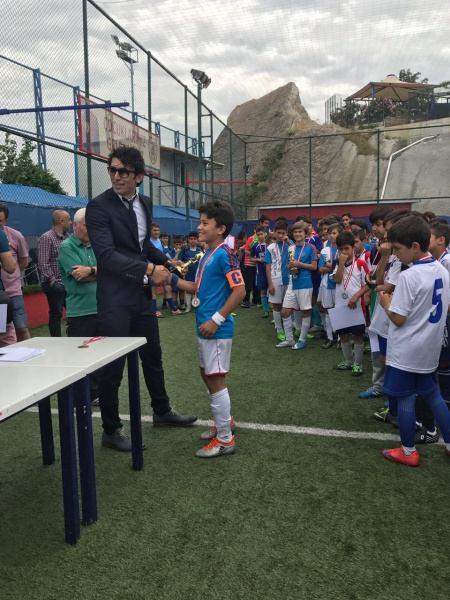 III.Geleneksel Futbol
